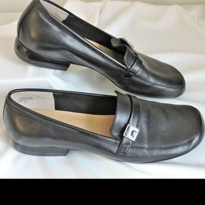 Anne Klein Shoes Low Heel Shoes 6M Mamollie Black